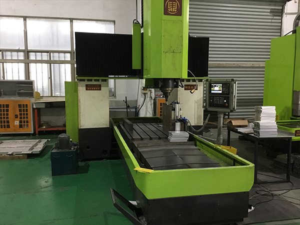 惯性摩擦焊机有什么性能和特点?-科鼎数控
