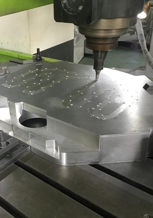 水冷板搅拌摩擦焊机