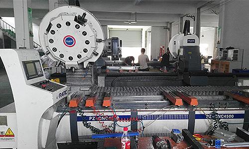 汽车零配件铝部件加工中心