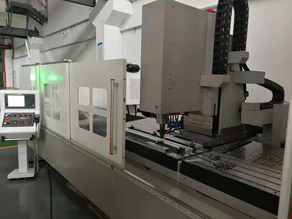 工业铝型材加工中心
